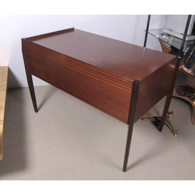 Brown 1950s Italian Desk attributed to Gio Ponti For Sale - Image 8 of 9