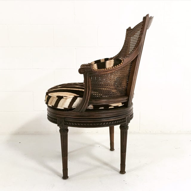 African 18th Century George Jacob Mahogany & Cane Swivel Bergere with Custom Zebra Cushion For Sale - Image 3 of 7