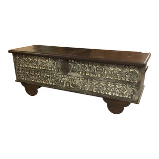 Modern Brown & White Wash Orissa Style Carving Long Low Trunk For Sale