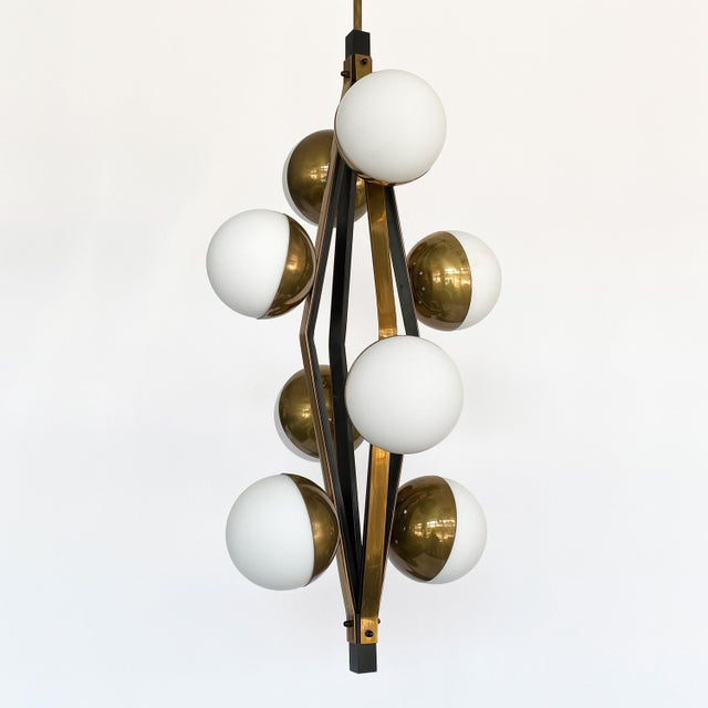 Mid-Century Modern Pair of Stilnovo Brass Eight Globe Pendant Chandeliers For Sale - Image 3 of 13