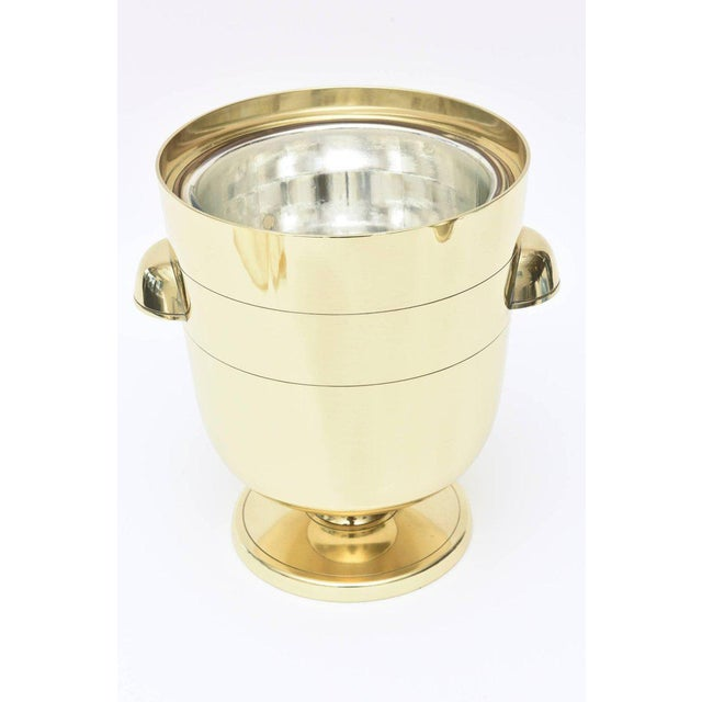 1950s Vintage Midcentury Tommi Parzinger Brass Ice Bucket Champagne Bucket Barware For Sale - Image 5 of 11