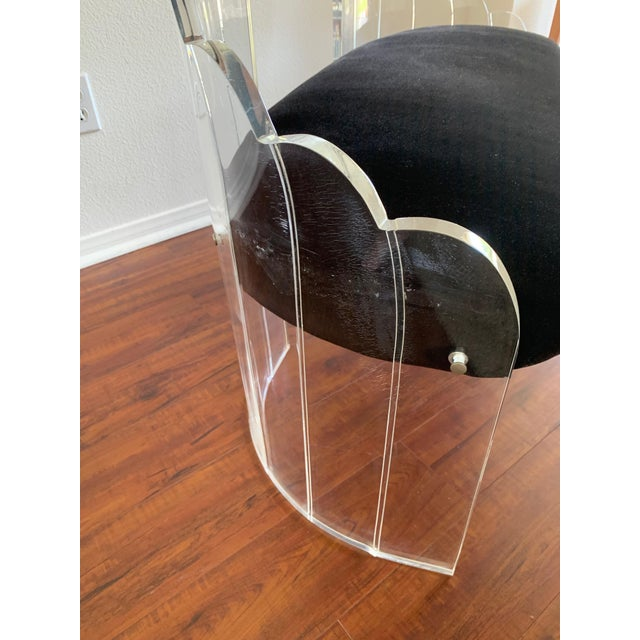 """1970s Vintage Charles Hollis Jones for Hill Mfg Clear Lucite """"Angel Wings"""" Bench For Sale - Image 9 of 12"""