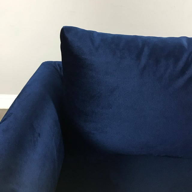 Modern Royal Velvet Navy Blue Sofa - Image 5 of 11