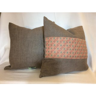 Holly Hunt Heavy Linen Pillow With 90/10 Down Insert Preview