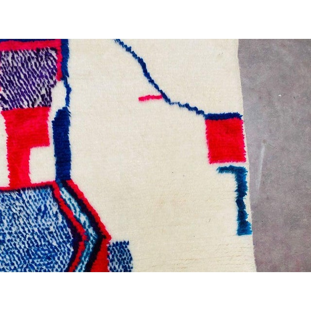 Textile 1980s Berber Morocco Rug-4′8″ × 8′2″ For Sale - Image 7 of 10