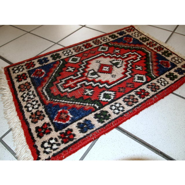 Vintage handmade Persian Hamadan mat from the end of 20th century. It is in original condition, some low pile. -condition:...