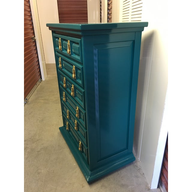 Hollywood Regency 1970s Mid-Century Modern United Furniture Jade Green Lacquered High Boy Dresser For Sale - Image 3 of 9