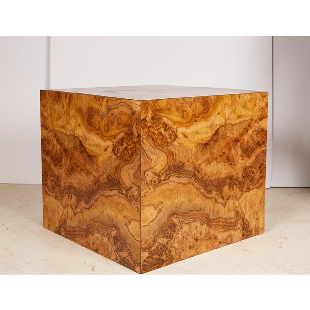 Midcentury burled wood square cube table made of laminate veneer in the style of Milo Baughman.