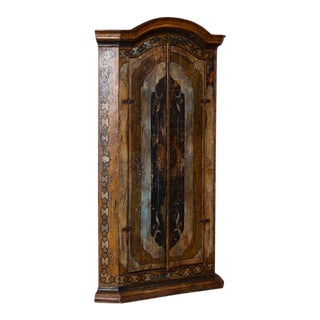 20th Century Traditional Decorative Painted 2 Door Corner Cabinet For Sale