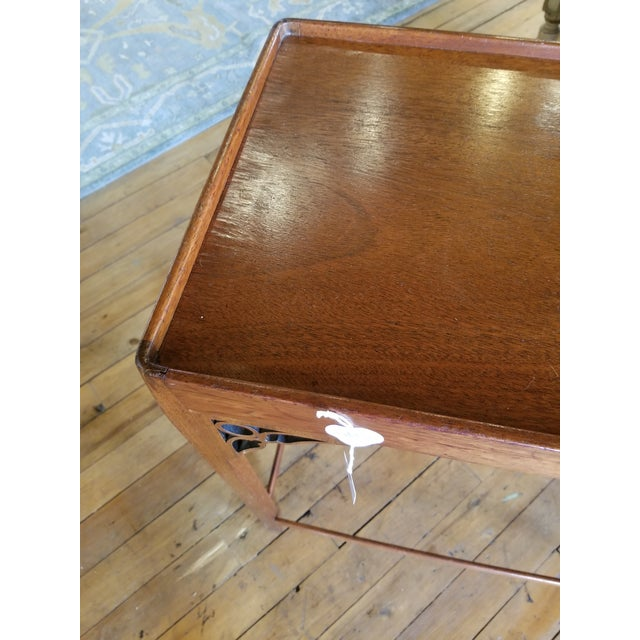 Wood Late 20th Century Chippendale Occasional Table From Waldorf Astoria For Sale - Image 7 of 8