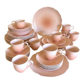 Vintage 1980's Mikasa Japan Spring Amaryllis Pink Peach Contemporary Ceramic Dinnerware - 36 Piece Set For Sale