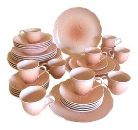 Image of Light Pink Dinnerware