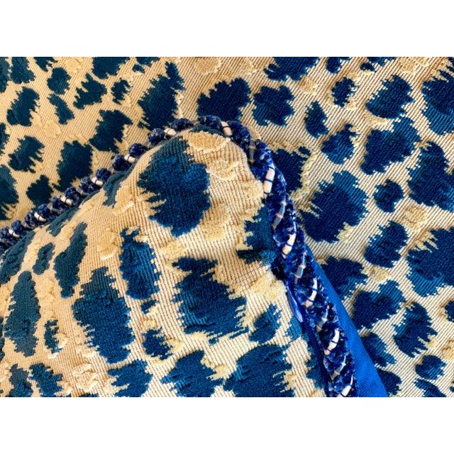 Brunschwig & Fils Contemporary Brunschwig and Fils Zambezi Gross Point Cut Velvet Pillows - Set of 2 For Sale - Image 4 of 6
