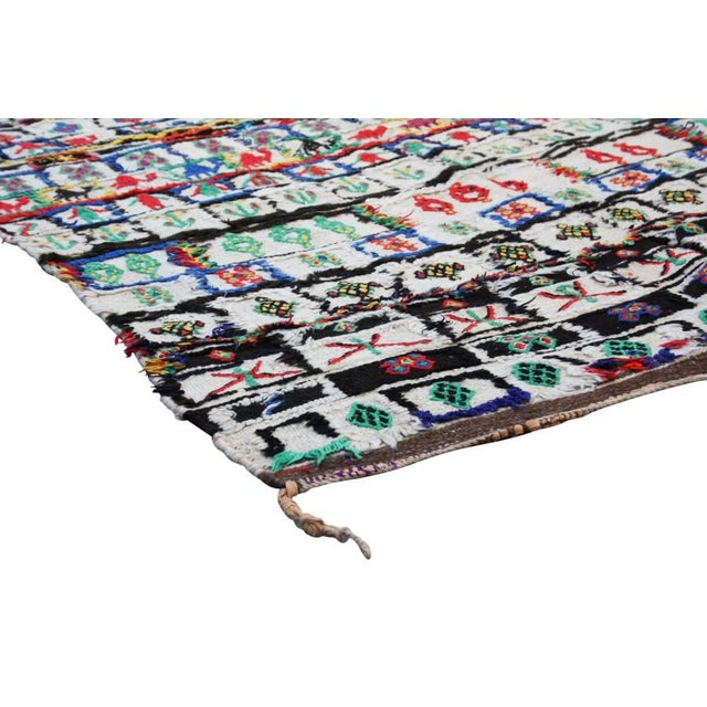 """Tribal Moroccan Rug - 9'10"""" X 4'8"""" For Sale - Image 3 of 5"""