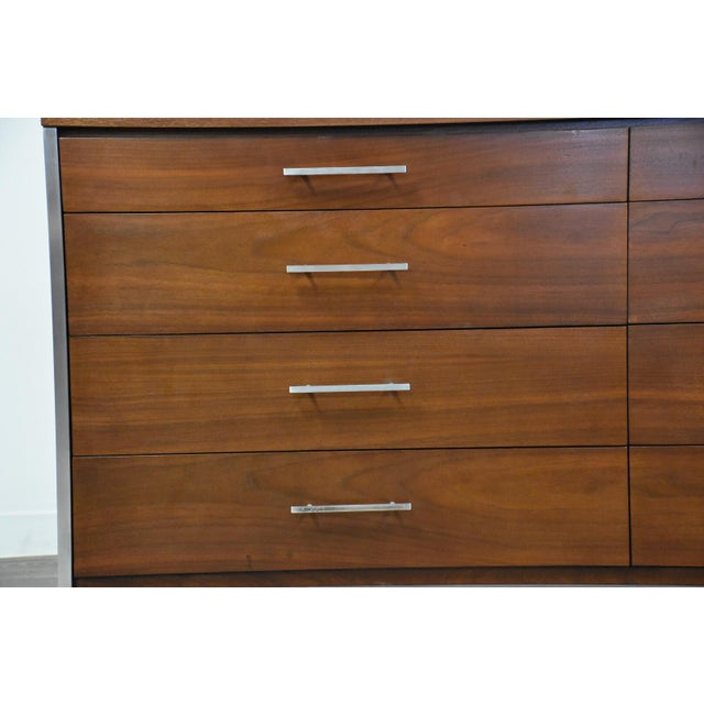 Brown Paul McCobb for Calvin Walnut Mid Century Dresser For Sale - Image 8 of 12