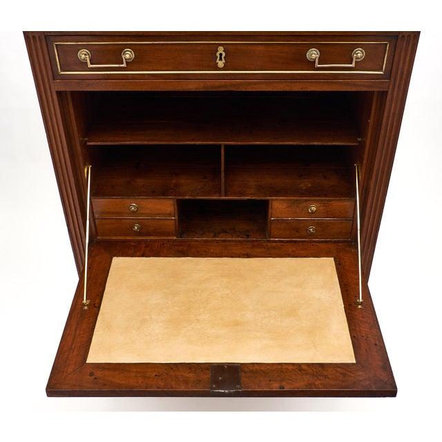 Louis XVI Period Walnut Secrétaire For Sale In Austin - Image 6 of 10