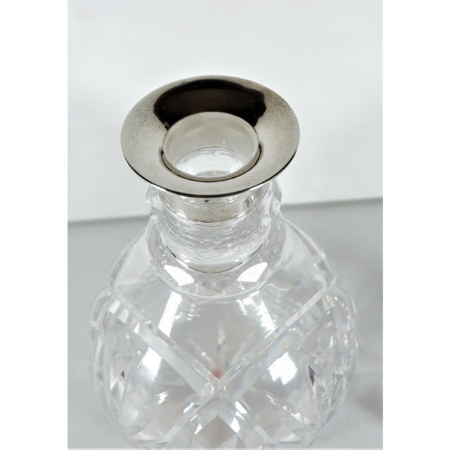 Traditional John Grinsell & Sons Cut Crystal Decanter With Sterling Silver Top Rim For Sale - Image 3 of 7