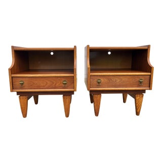 Mid-Century Modern Stanley Furniture Walnut Nightstands - a Pair For Sale