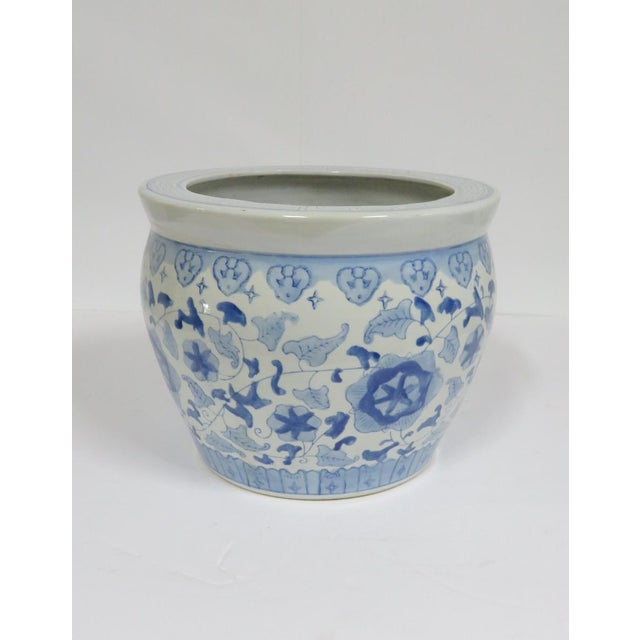 Chinese Porcelain Blue & White Jardiniere For Sale - Image 4 of 4