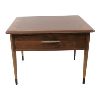 1970s Mid Century Modern Lane Walnut Occasional Table For Sale