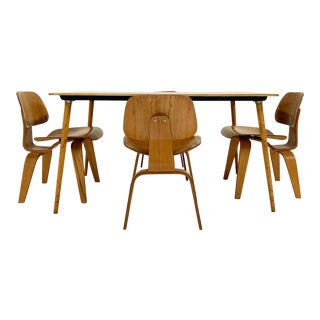 Vintage c. 1950 Charles and Ray Eames for Herman Miller DTW-3 Table and Set of 4 DCW Dining Chairs For Sale