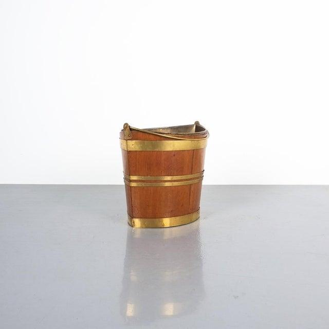 Georgian Irish 19th Century Oval Oak Brass Peat Bucket For Sale - Image 3 of 8