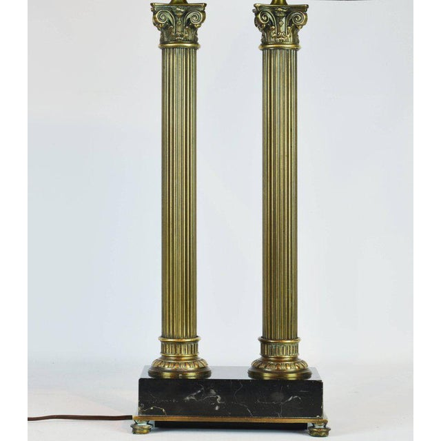 Louis XVI Classic Bronze and Marble Twin Corinthian Column Desk Lamp For Sale - Image 3 of 11