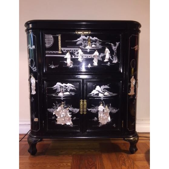 Regency Black Lacquer Chinoiserie Bar Cabinet For Sale - Image 10 of 10