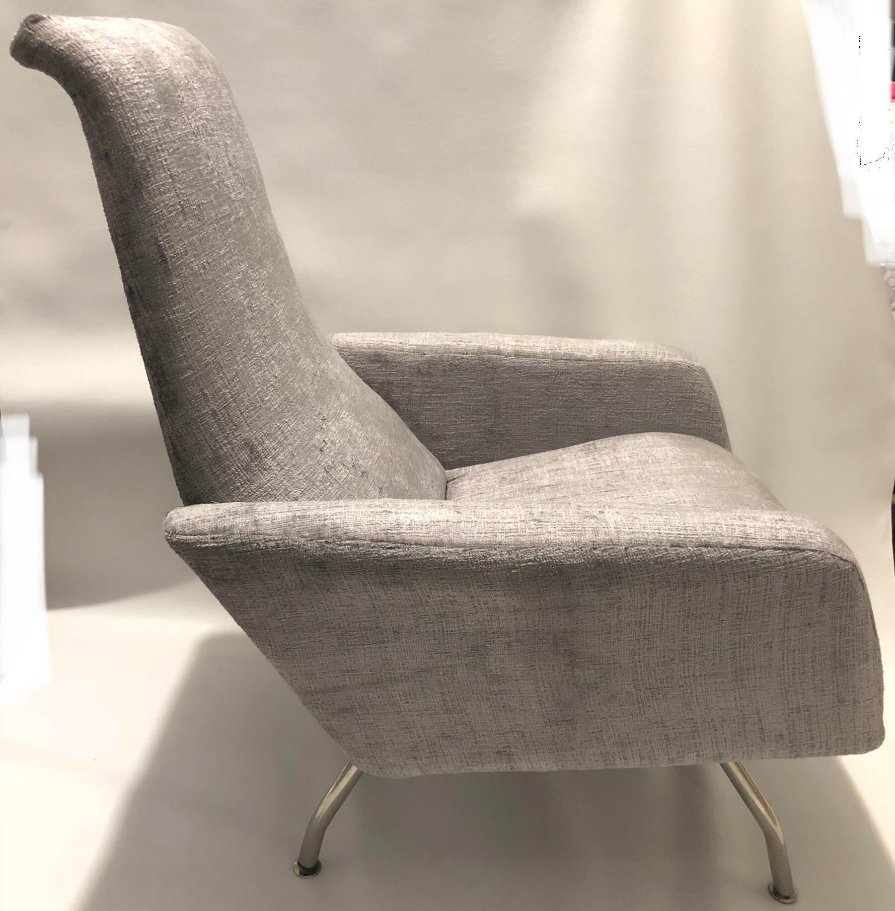 1960s Mid Century Modern Silver Lounge Chairs   A Pair For Sale   Image 4