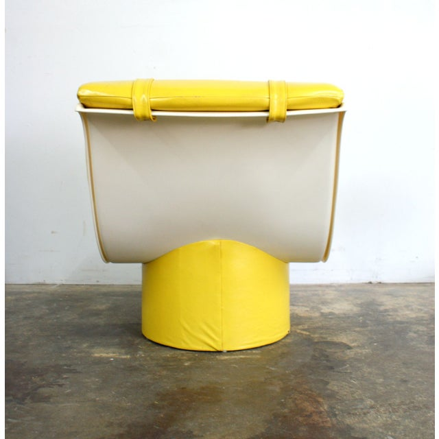 Spaceage Mod Yellow Tufted Lounge Chair For Sale - Image 4 of 4