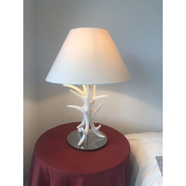 Like new costal chic table lamp