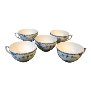Mid 20th Century Blue Fluted Half Lace Pattern Five Pieces Tea Cup/ Coffee Cup #524 - Set of 5 For Sale