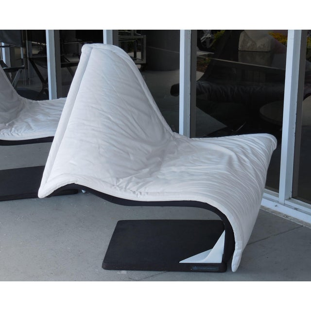 Animal Skin Flying Carpet White Leather Chairs by Simon Desanta for Rosenthal For Sale - Image 7 of 9