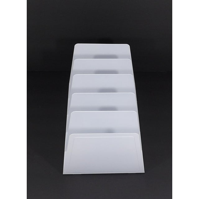 Super cool mail or file holder. Amazing vibrant white color. Perfect gift for that vintage lover. Wonderful pop of color...