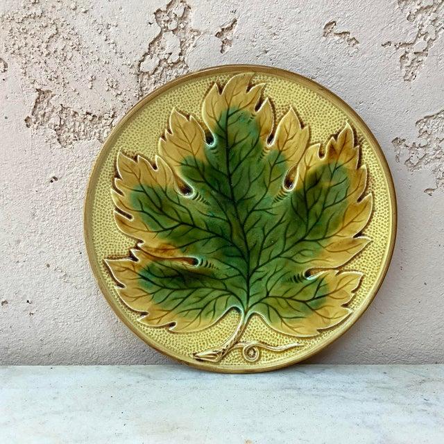 1900 - 1909 German Majolica Leaf Plate, Circa 1900 For Sale - Image 5 of 5