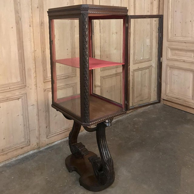 19th Century French Louis X Collector's Vitrine For Sale - Image 12 of 13