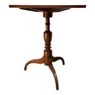 19th Century Federal Mahogany Tilt Top Candle Stand Table For Sale