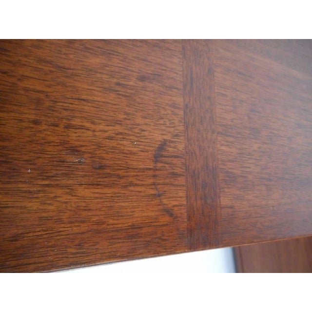 Brown Henredon Mid-Century Chest of Drawers - a Pair For Sale - Image 8 of 10