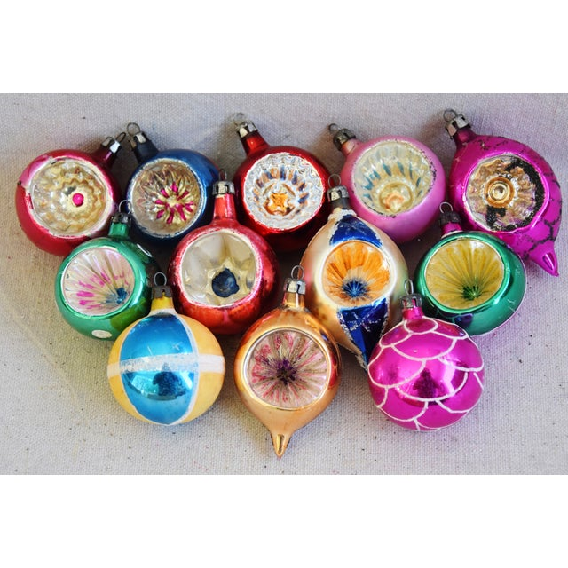Mid 20th Century 1950s Vintage Colorful Christmas Ornaments W/Box - Set of 12 For Sale - Image 5 of 10