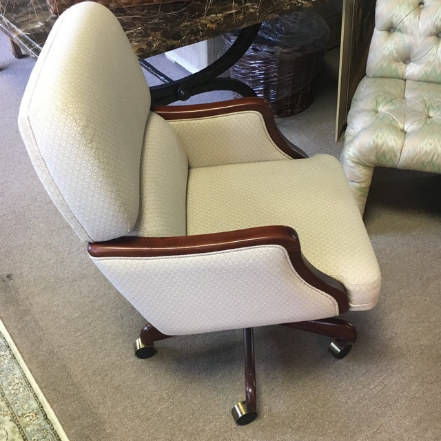 White Rolling Office Chair - Image 3 of 8
