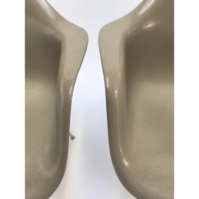 Mid-Century Modern Vintage Eames Armchairs for Herman Miller - a Pair For Sale - Image 3 of 11