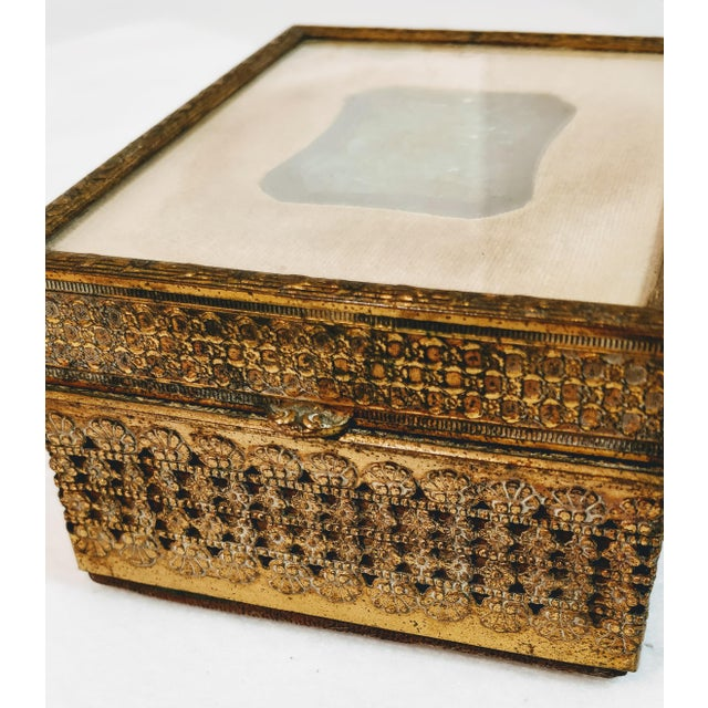 20th Century Chinese Jade Velvet Trinket Jewelry Box For Sale In Oklahoma City - Image 6 of 10