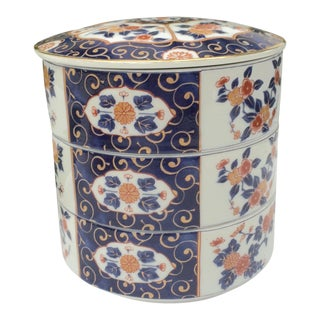 Japanese 3-Tier Imari Porcelain Stacking Bento Box With Lid by Otagiri For Sale