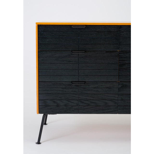 """Raymond Loewy's """"Accent"""" Line Nine-Drawer Dresser for the Mengel Company For Sale - Image 10 of 13"""