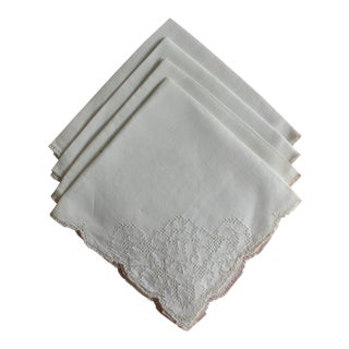 White Pointelle Scalloped Napkins - Set of Four