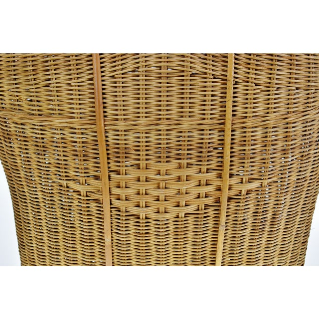 Mid 20th Century Vintage Wicker Tote Basket For Sale - Image 5 of 11