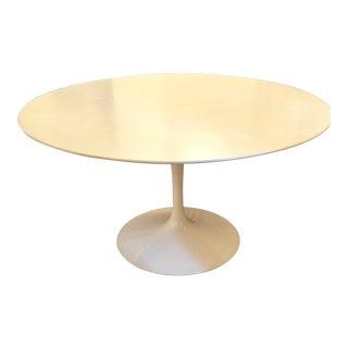 Mid-Century Modern Eero Saarinen for Knoll Style Dining Table