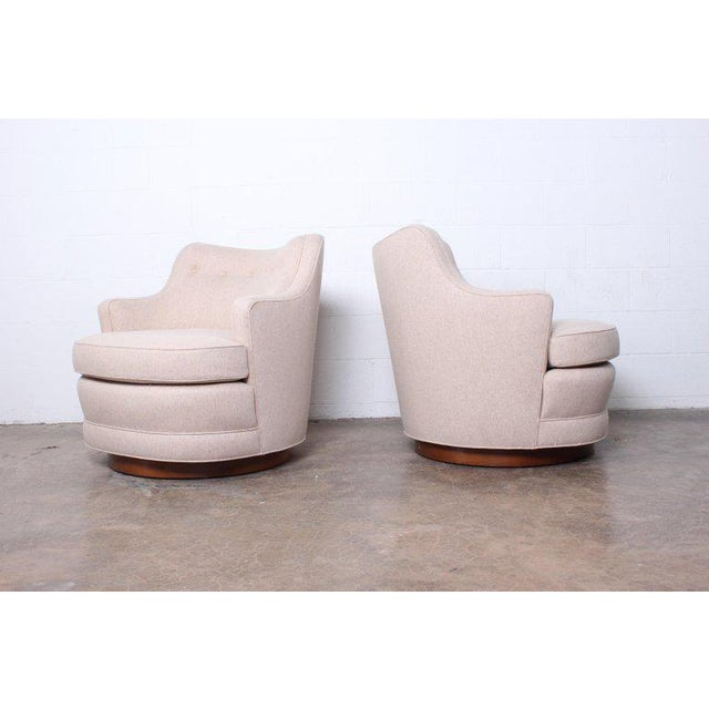Dunbar Furniture Pair of Dunbar Swivel Chairs by Edward Wormley For Sale - Image 4 of 11