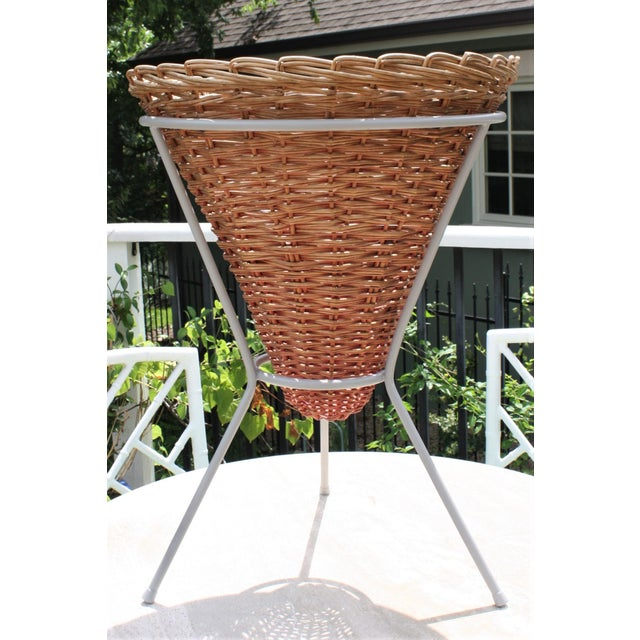 Mid-Century Wicker Basket Planter on Metal Tripod Stand / Wicker and Metal Dining Table Base For Sale - Image 10 of 13