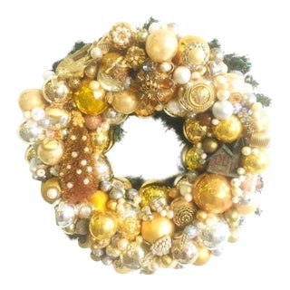 Vintage Jewelry Christmas Wreath Gold & Silver For Sale